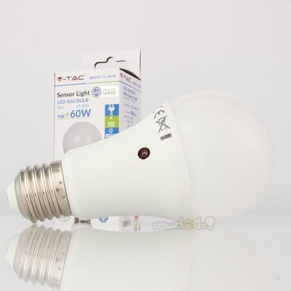 Bombilla led e27 9w 60w luz c lida 806lm a60 crepuscular for Bombilla sensor crepuscular